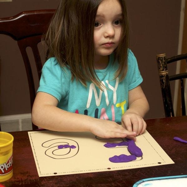 letter e play-doh mats