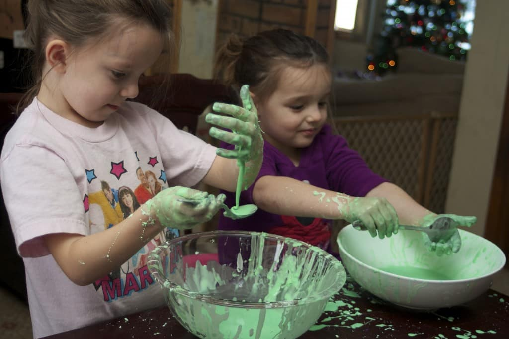 kids playing with oobleck