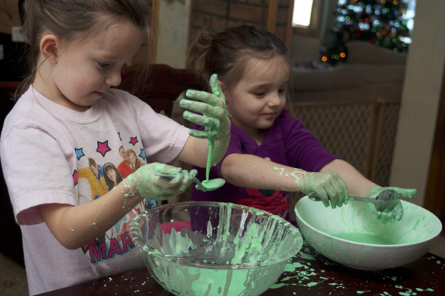 preschoolers playing with oobleck
