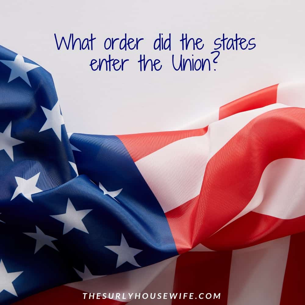 Searching for the statehood order for the 50 states? If you are a homeschool mom looking for a printable list of the 50 States, don't miss this post!