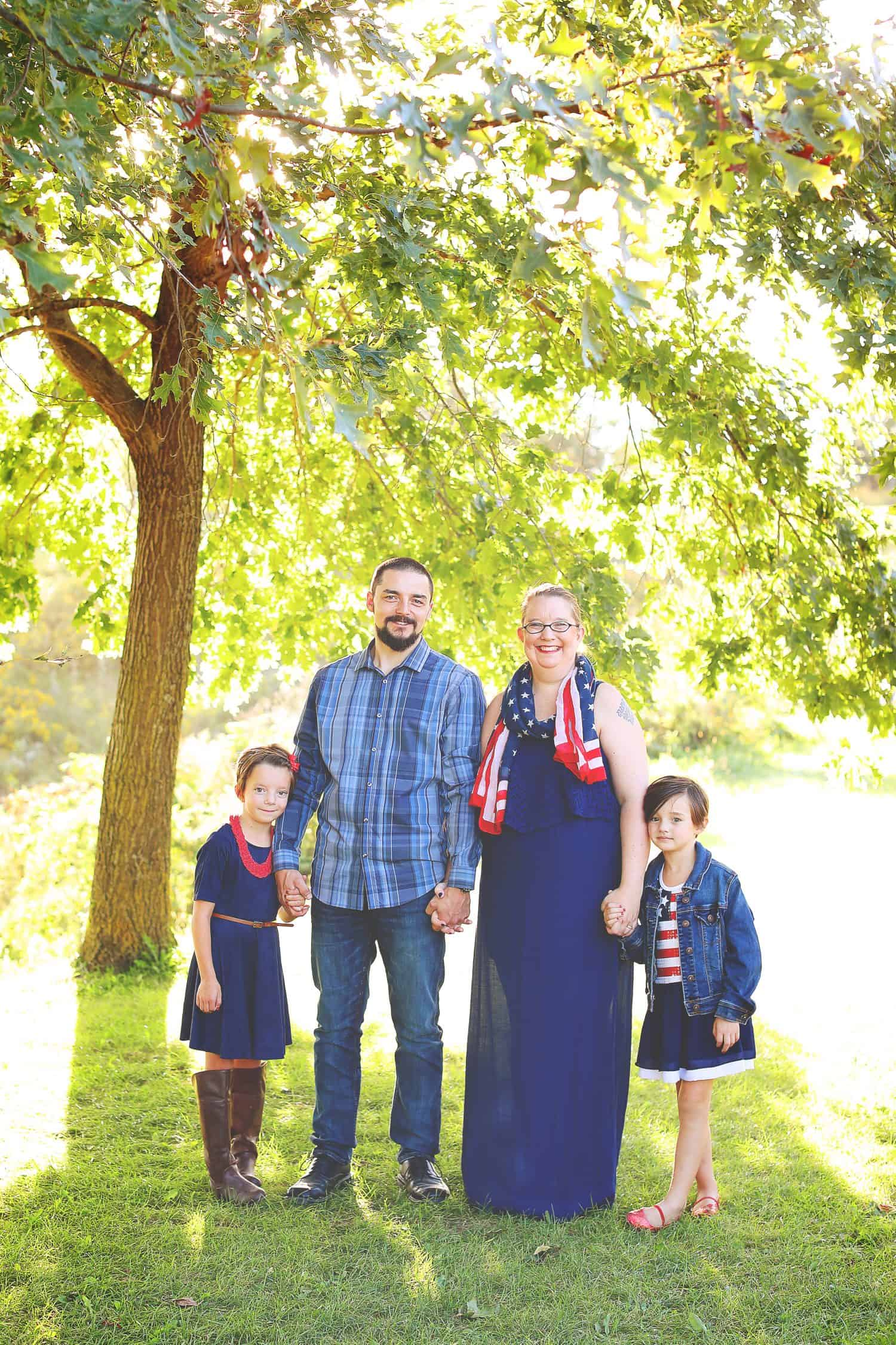 patriotic family pictures taken outdoors