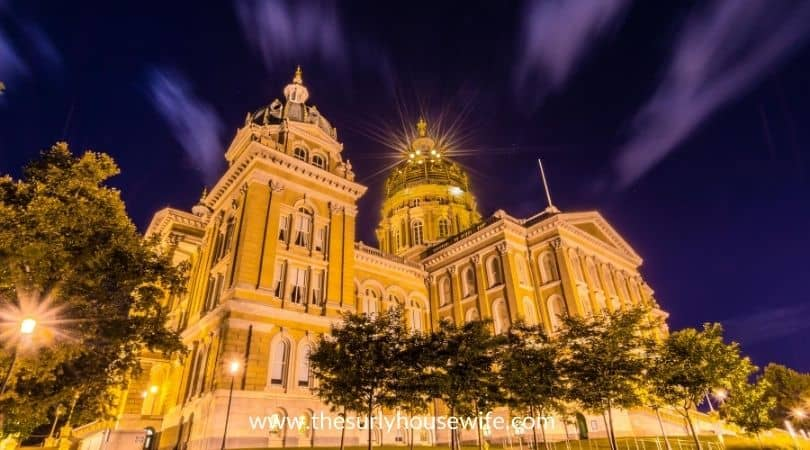Iowa capital building at night